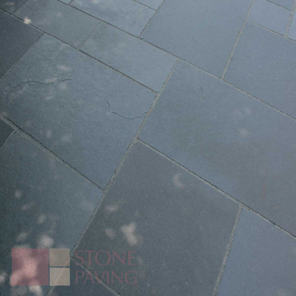 Natural Stone Paving Traditional-Carbon